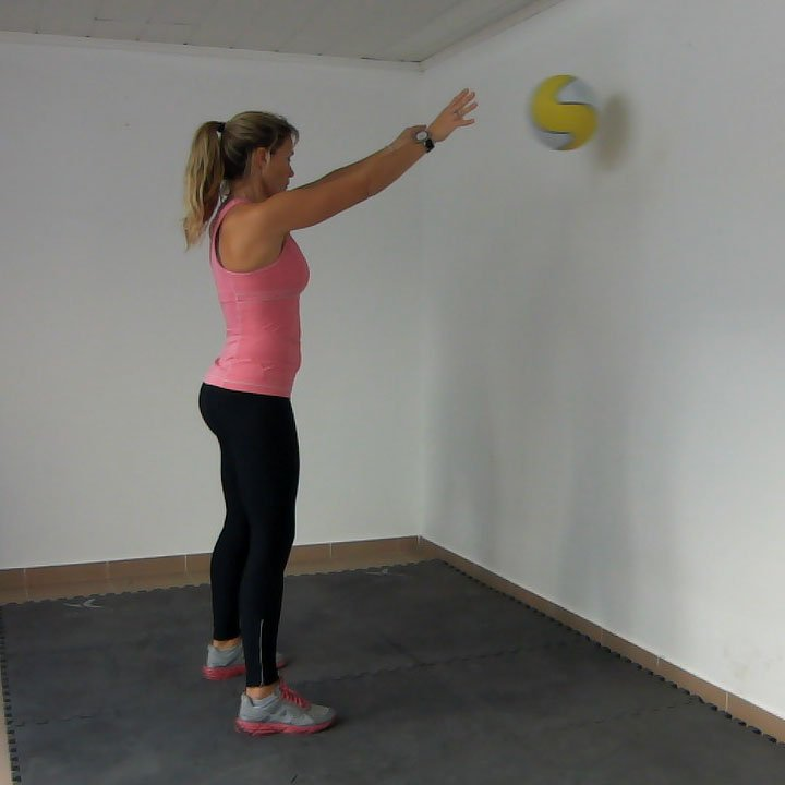 how to chest pass in a circle