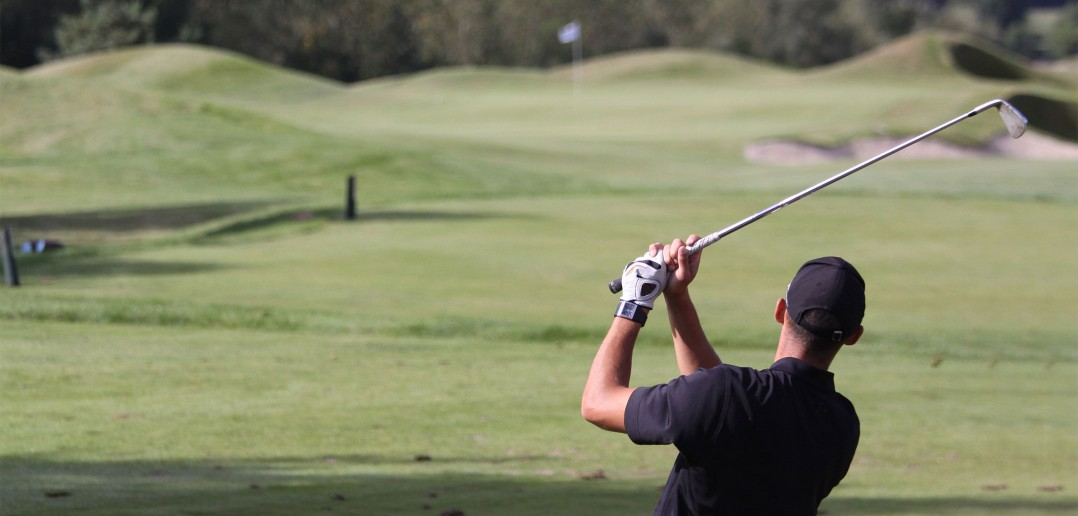 Golf Wedge Play Game: Up and Down